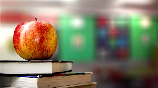 Iowa program aims to inspire minority teachers
