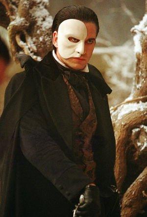 「オペラ座の怪人」の仮面を付けて女性に下半身を露出 会社員逮捕=会津若松市