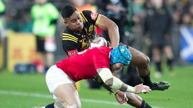Lions tour: Stadium's Savea roar lifts Julian, but only so far in cliffhanger