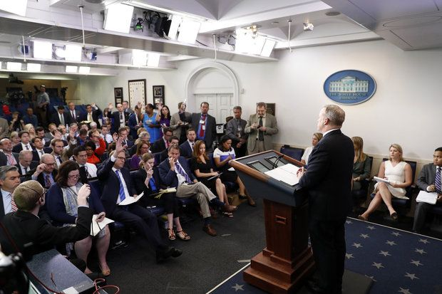 White House warns Syria, claims 'potential' evidence of preparation for chemical attack