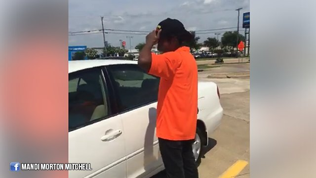Strangers buy car for man who walks 3 miles to work every day