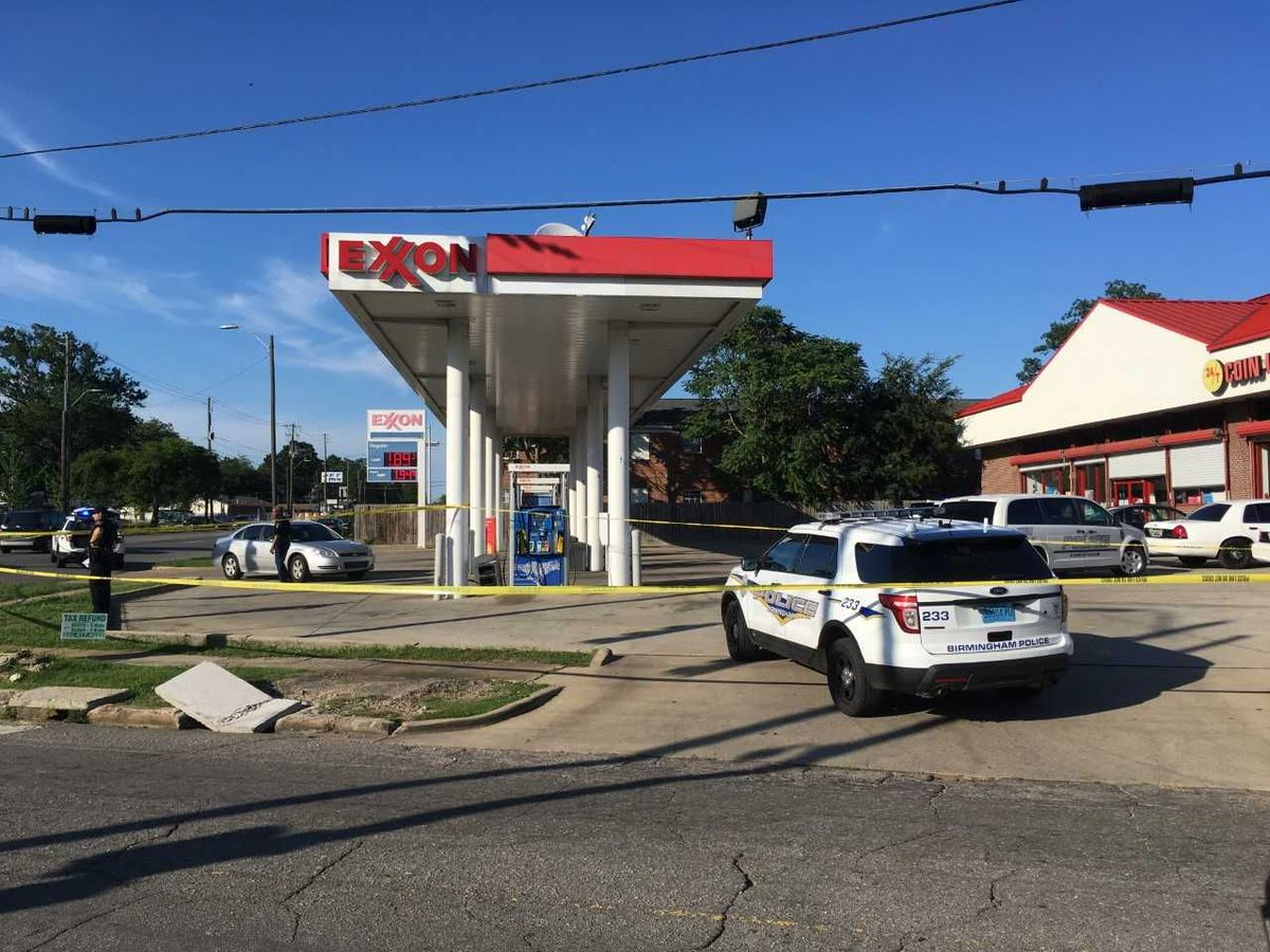 Man killed in shooting at Woodlawn gas station identified