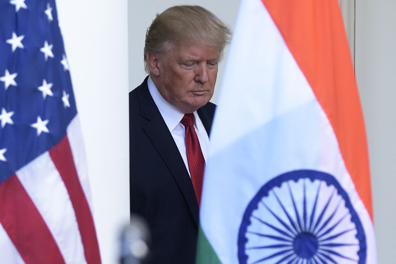 Scant global confidence in Trump on foreign affairs