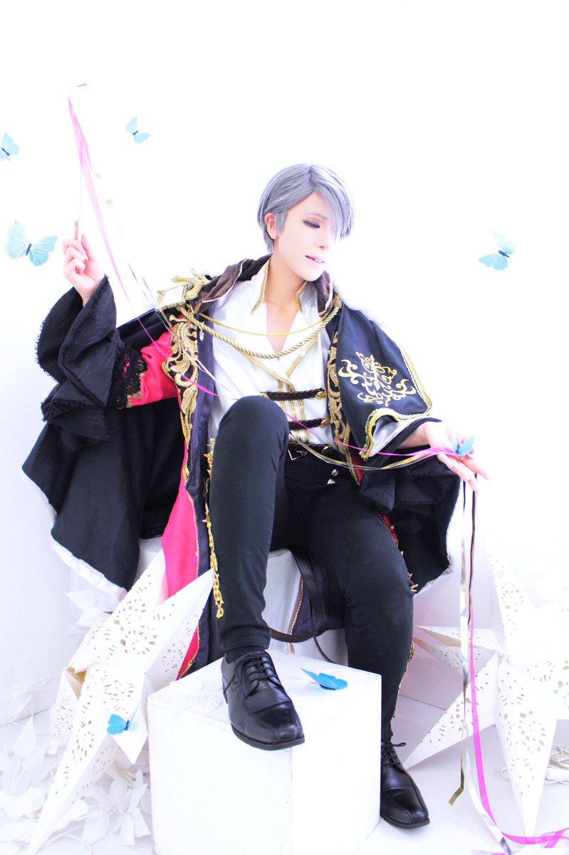 【コス】ユーリ!!! on Ice ヴィクトル(バハムート衣装)光の魔法使い(っぽいもの)これもあげとく!衣装制作/撮影