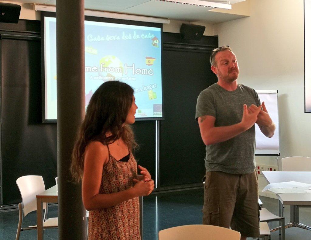 test Twitter Media - 🕙 Comencem la primera jornada de formació en art participatiu amb joves migrants de la mà de @SafeBrian https://t.co/zAHcHortog