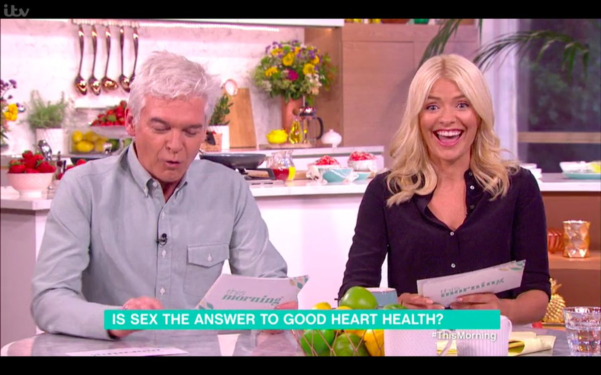 OMG! @Schofe made a joke that was so RUDE Holly Willoughby made this face ???