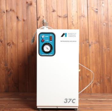 美品 アネスト岩田 冷凍式エアードライヤー アネスト岩田 RDG-37C 未使用 kd000339 現在価格:¥2,50