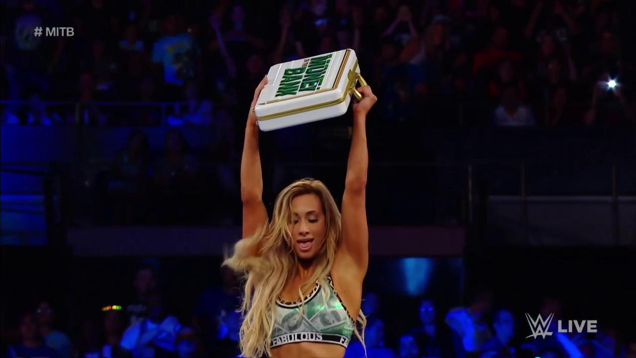 History is made on #SDLive as @CarmellaWWE once again becomes the holder of the Women's #MITB contract! https://t.co/tuH9BORTC7