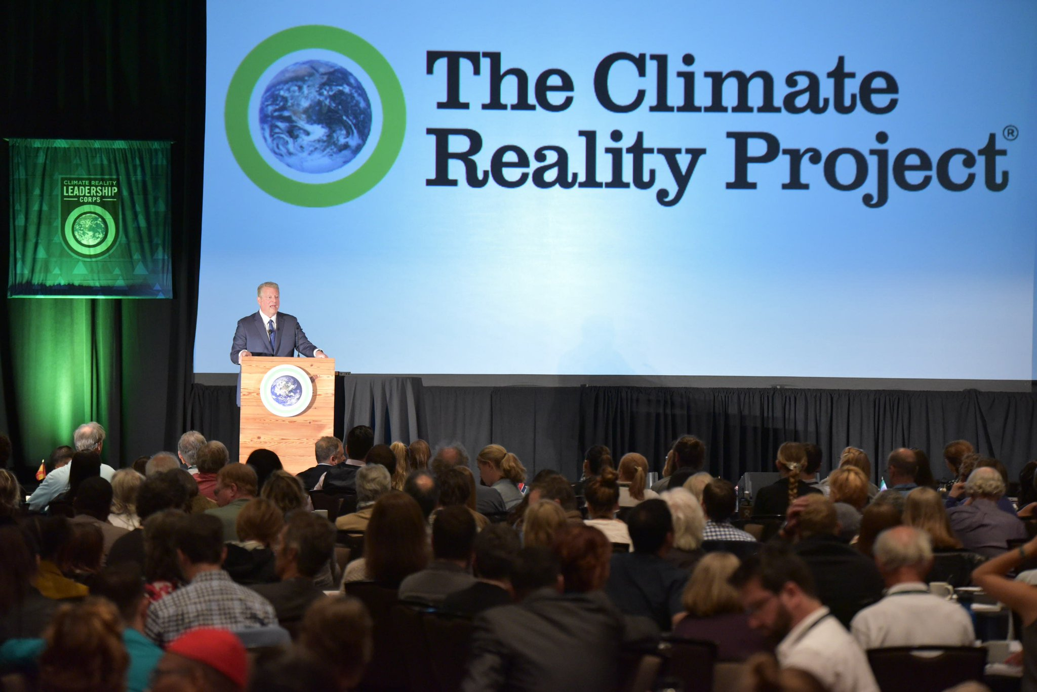 Enjoying my time here in Seattle, WA at this week's @ClimateReality Leadership Training! #LeadOnClimate https://t.co/0hLMyZoB3M