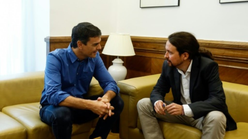 Spain's two main leftist parties team up against Rajoy