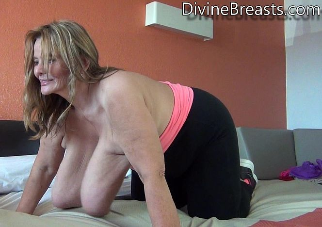 Sarah Doggy Style Floppers see more at https://t.co/WpWgCeGK1S https://t.co/vCkPeegSzh
