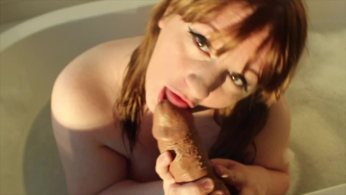 BBW Savannah Bathtub Tease and BBC BJ by Savannah Savage https://t.co/KVtb4OdVK2 @manyvids https://t
