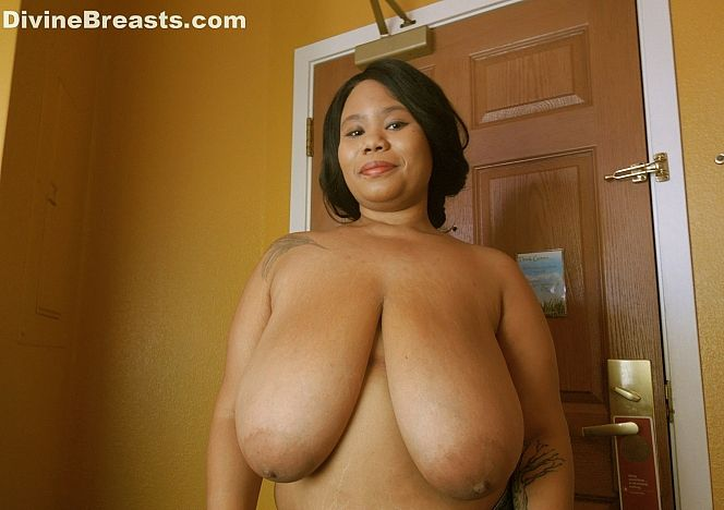 Mea Huge Breasts Hanging Low see more at https://t.co/Z1MRriLDXZ https://t.co/RbwvjYmcTC