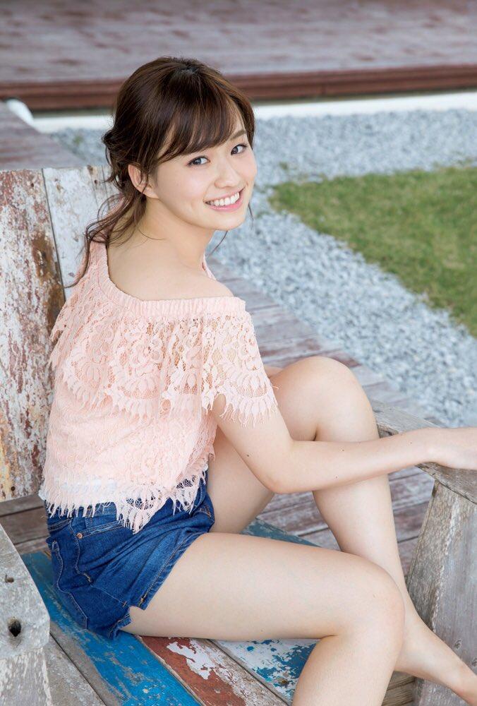 ミス東大の篠原梨菜ちゃん可愛い!!さくちゃんとさくらちゃんに似てると思って、ミスコンのプロフィール見たら、「大原櫻子さん