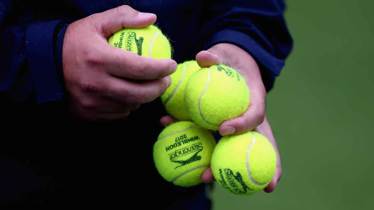 Watch Day 3 of @Wimbledon Qualifying now: https://t.co/WyBTDsGj18 (global excl. US, Spain, Italy) https://t.co/Bm17WpuneD