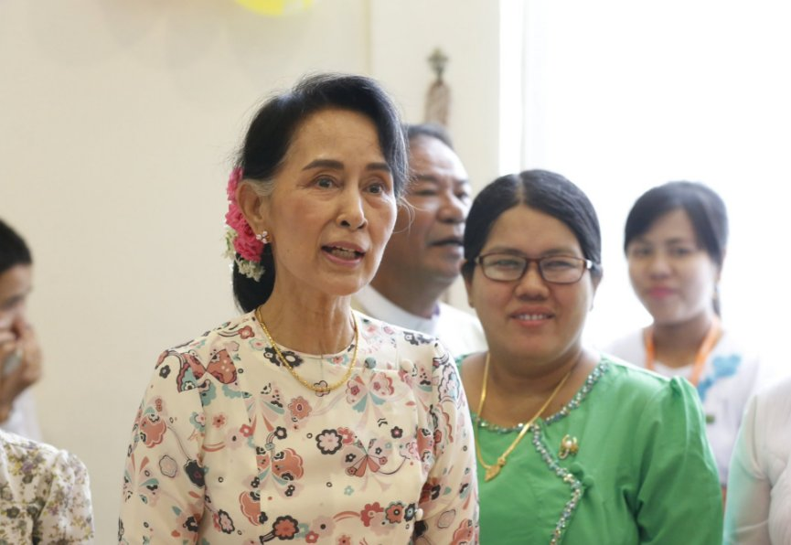 Myanmar charges three journalists for meeting rebels, Suu Kyi govt defends tough action