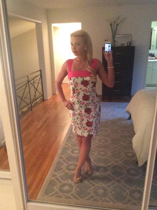 Summer dresses! Im in love! https://t.co/OowknhUEOV