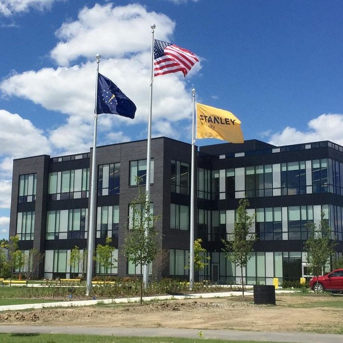 #Stanley Security #DeWault Tools #Black&Decker gets new internal winch #Flagpole's & #Flags @Fisher's, IN location. https://t.co/z79sQMxvWi https://t.co/BjYOncXRsX