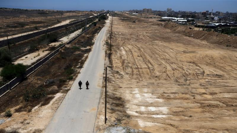Hamas creates no-go security zone on border with Egypt