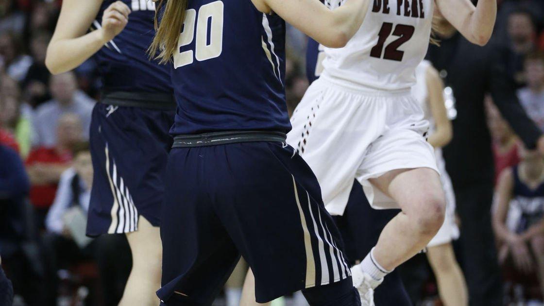 Badgers women's basketball: De Pere's Lizzie Miller, Beaver Dam's Kara Crowley plan to walk on at Wisconsin