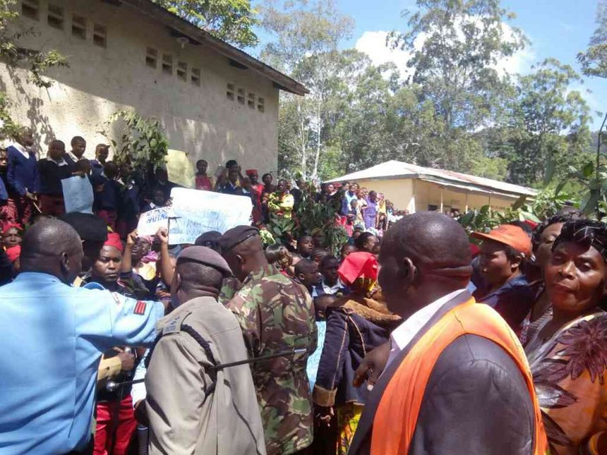 Locals storm Wundanyi court after magistrate releases suspected defiler