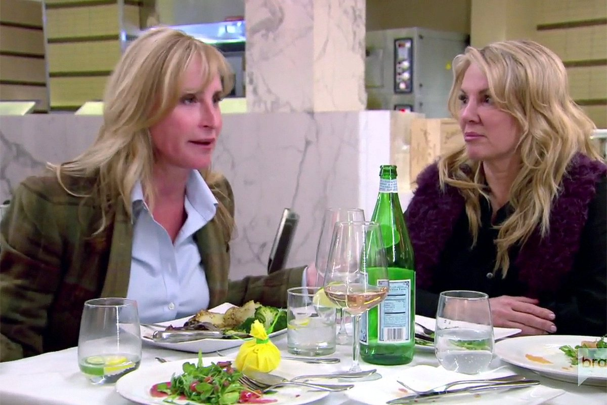 Luann has to share a toilet with a private chef—our #RHONY recap: https://t.co/YaHQ78obnO https://t.co/FZfc9xGsvl