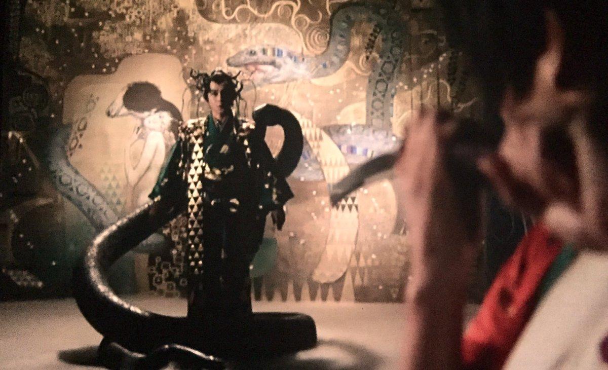 (続き)「里見八犬伝」は「魔界転生」よりも特撮の比重が増していたが深作欣二は「少しはましになったが怪物のイメージや動かし