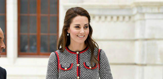 Kate Middleton gave off some serious Jackie O vibes during a museum visit: