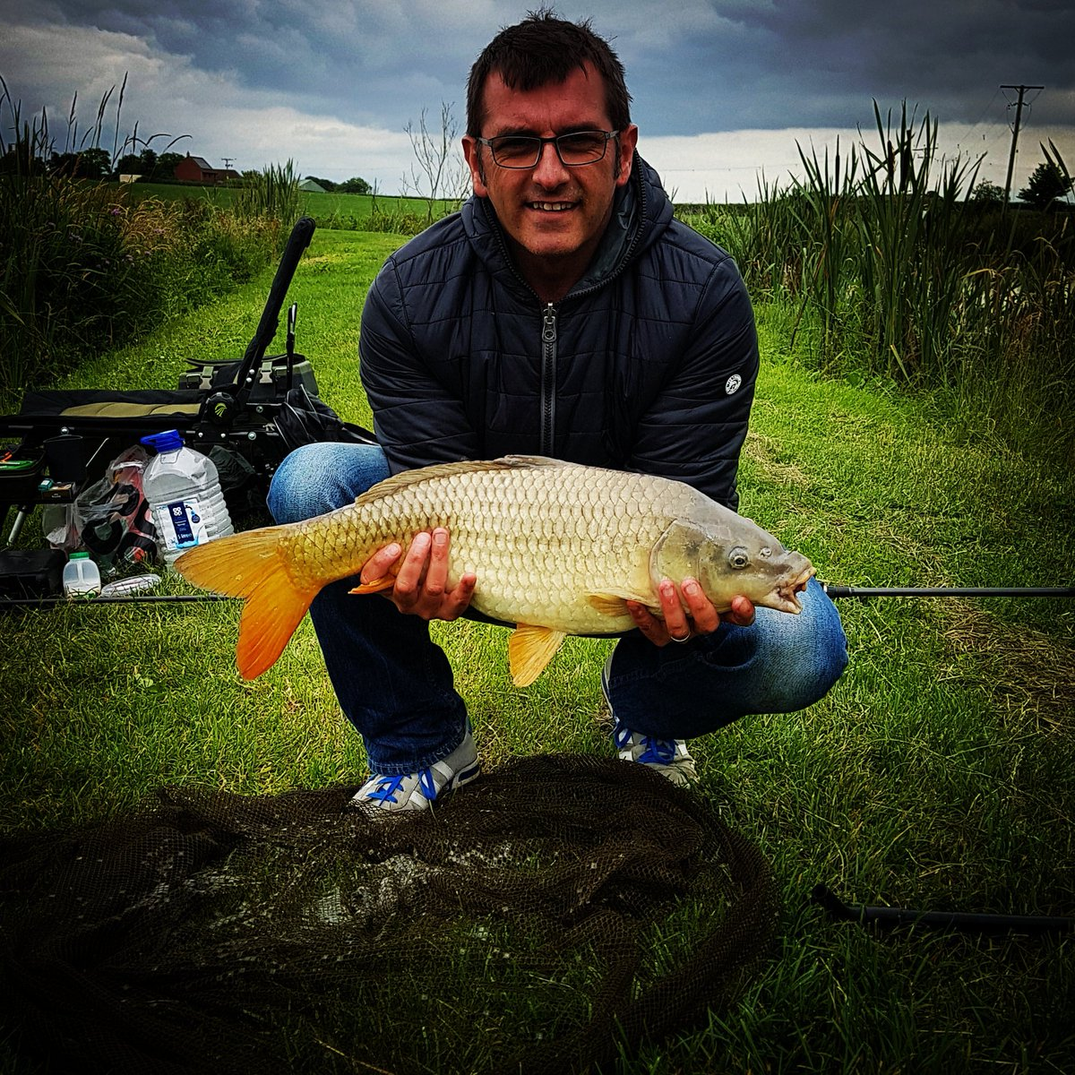 Caught this little peach today! #Shakespearerods #MitchellReels #CarpFishing #Somerset https://t.co/