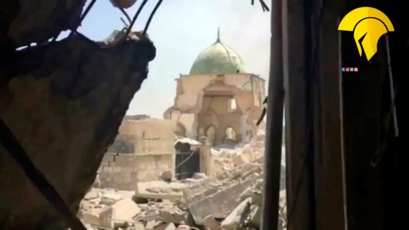 Iraq declares end of caliphate after capture of Mosul mosque