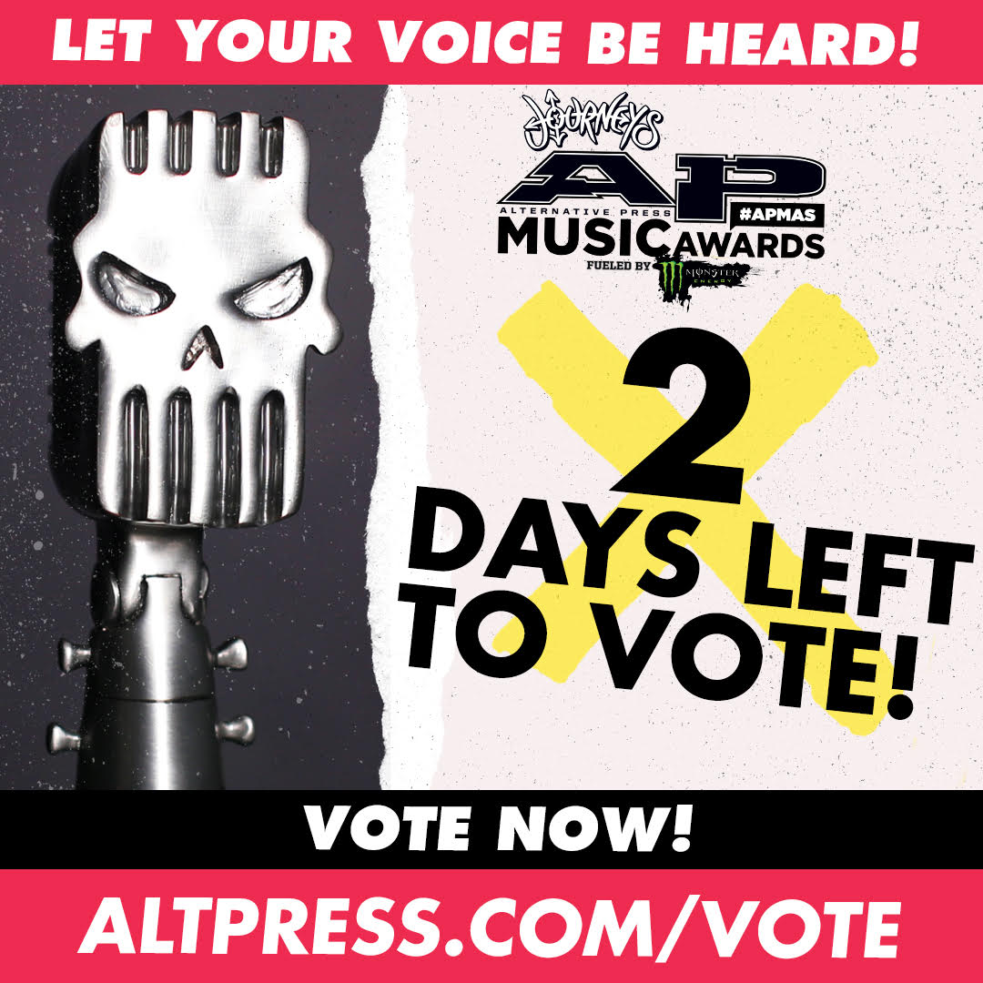 Vote Green Day now at @AltPress : https://t.co/2puPuWzUkm  #APMAS https://t.co/GbUor9YOSs