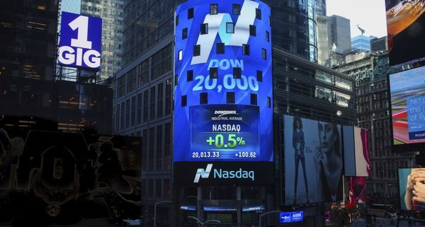 Tech stocks get 'hit the hardest' as markets fall