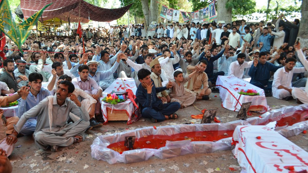 Parachinar blast victims in Pakistan end sit-in as security demands met