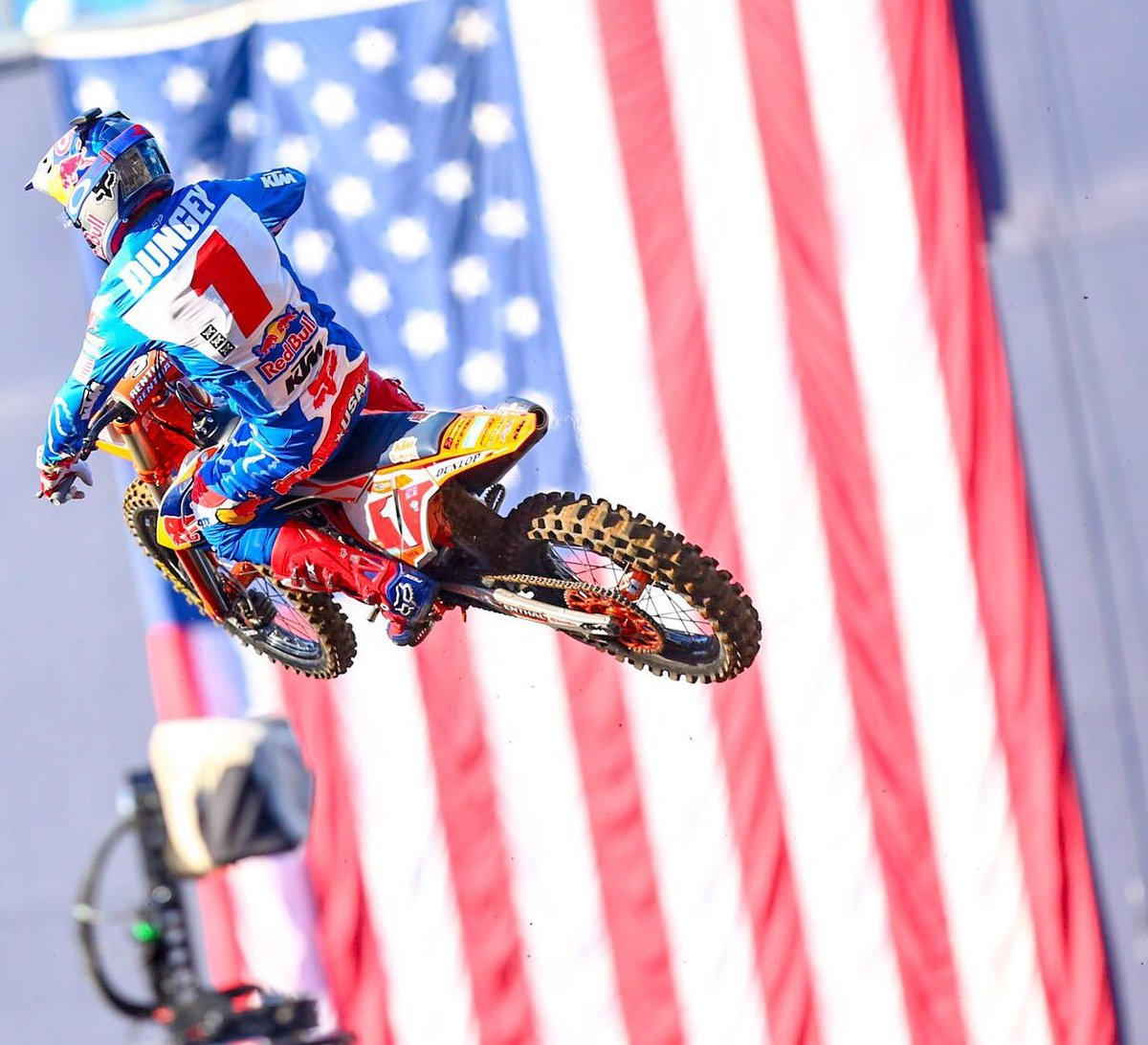 RT @SupercrossLIVE: Retweet if you're stoked for 4th of July Weekend! 🇺🇸💥 #SupercrossLIVE https://t.co/ZHUCJOd4bD