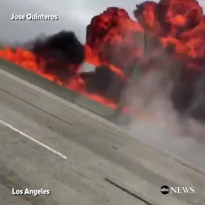 Video shows moment of impact when small plane crashes on 405 Freeway in Southern California.