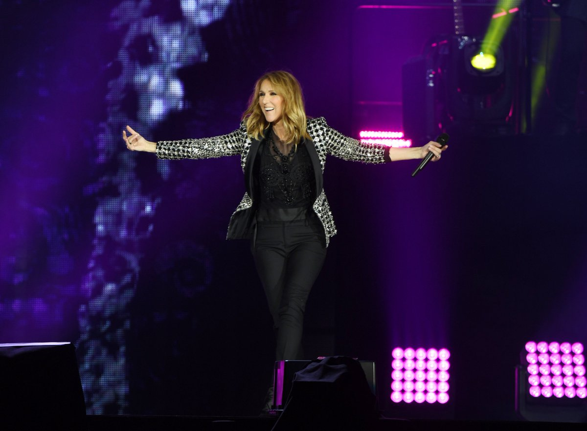 Weekend in #Lille... No place I'd rather be! -Céline #CélineDionLive2017 ???? @denisetruscello https://t.co/yIBztpwdJa