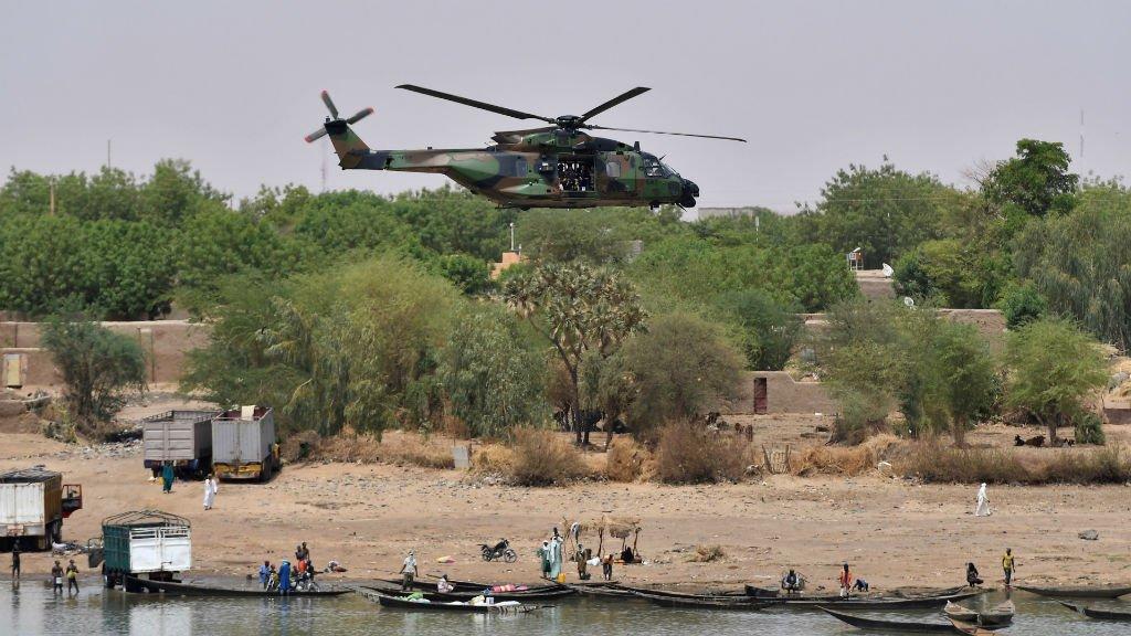 France's Macron returns to Mali to boost regional anti-terrorism force