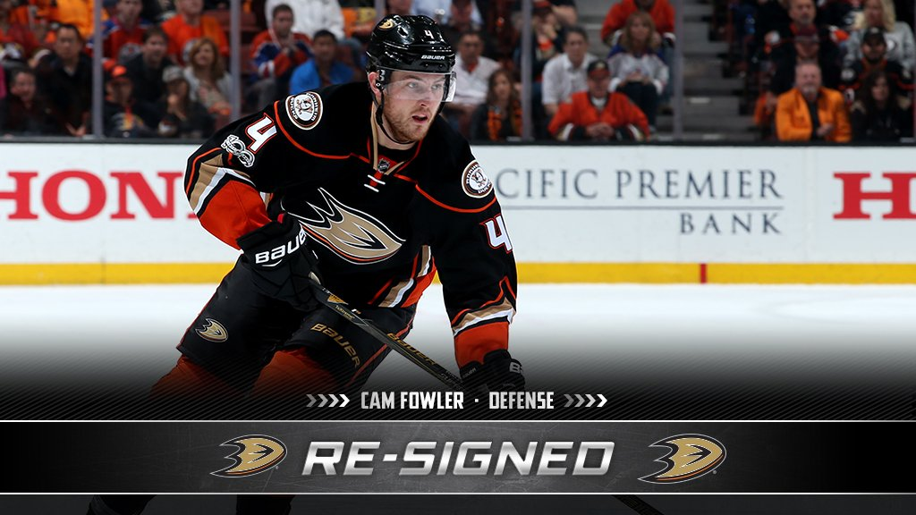 A full eight-year term for Cam Fowler. He's sticking with the @AnaheimDucks. #NHLFreeAgency https://t.co/BUx53qDv9c