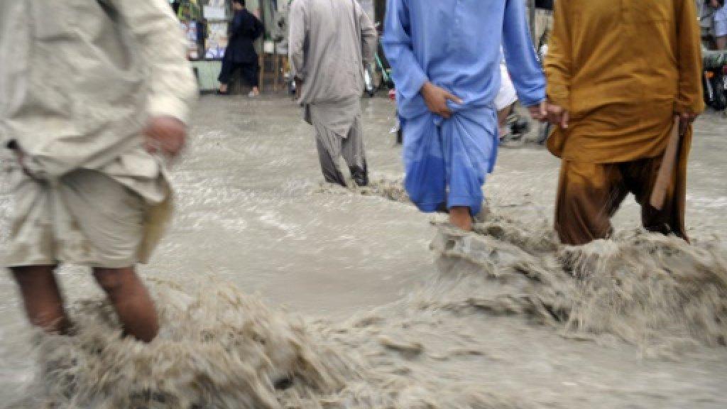 Flash floods 'kill 11 in Pakistan'