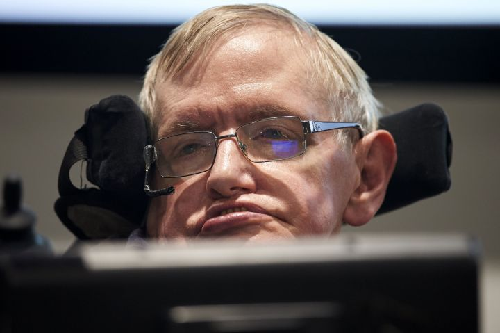Stephen Hawking Says Trump's Withdrawal From the Paris Accord Could 'Push the Earth Over the Brink'