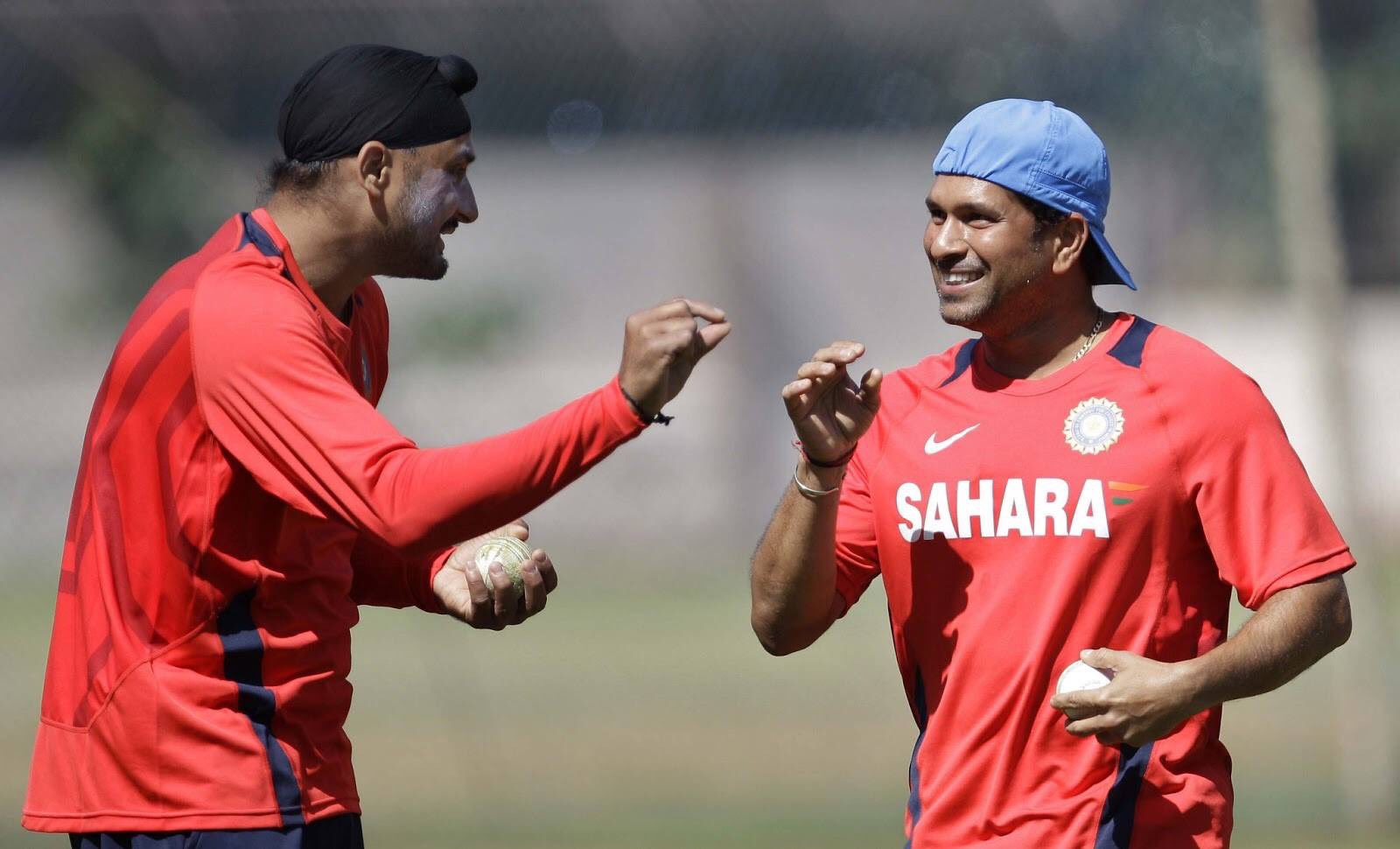 Happy birthday little bro, @harbhajan_singh!! Wish you loads of happiness and success. https://t.co/oyxiAYbP8z