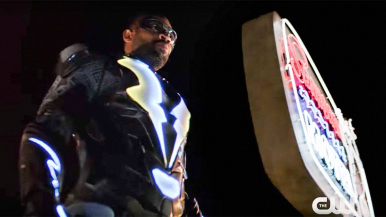How The CW's #BlackLightning Hopes to Have a Lasting Impact on Culture https://t.co/mOzO9TPaxD @thesalimakil #SDCC https://t.co/s5GPcI0Zf1