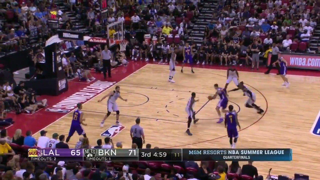 That shot fake by Kyle Kuzma though! #NBASummer  WATCH: ESPNU https://t.co/fmeduAl9Bj