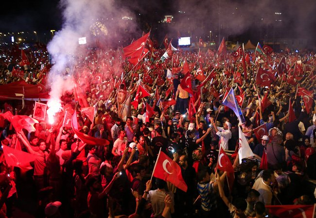 Turks commemorate 1 year since failed coup with huge march #FoxNewsWorld https://t.co/D1O3GIkg2G https://t.co/9r5zvXazBk