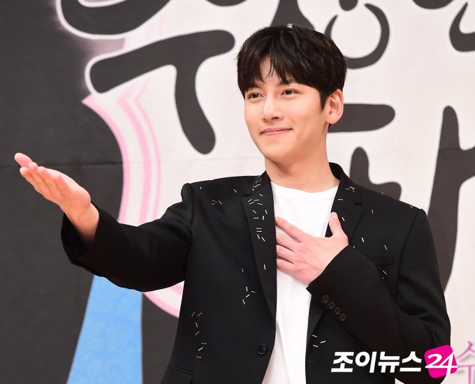 [News] Ji Chang Wook is first in July drama actor brand reputation ranking https://t.co/6xxLf2q0DR https://t.co/RJ9Dy4Lt0i