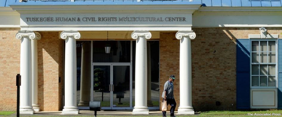 Tuskegee Syphilis Study descendants to seek settlement money https://t.co/aRaWcmzQWp https://t.co/X3jzfLvM43