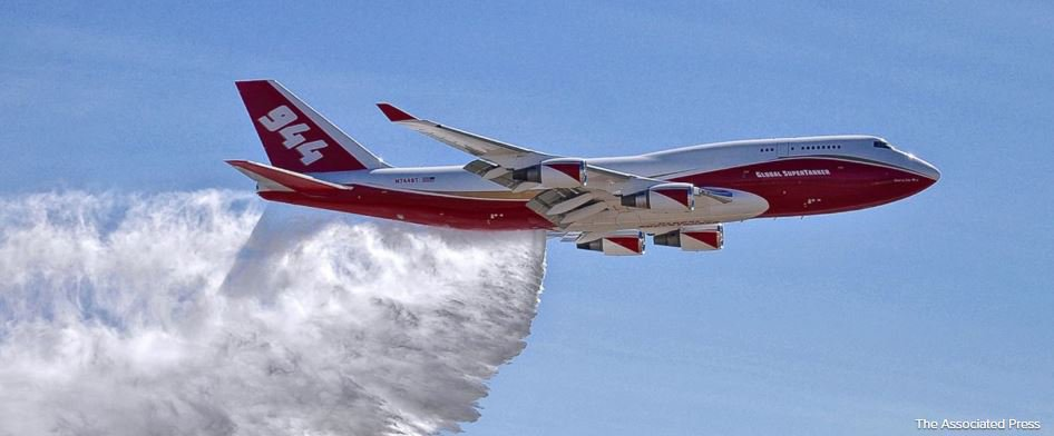 Debate over use of jumbo bomber as wildfires rage in West https://t.co/H0z2PIL4Rf https://t.co/Nct4bzc2bE