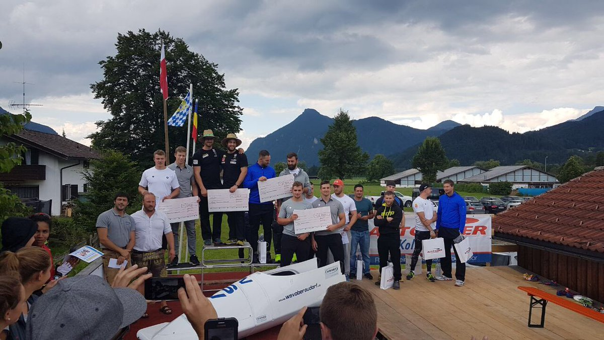 Bob Startwettkampf in Oberaudorf #bobsleigh #BSDteam https://t.co/mRS9GwjuZ5