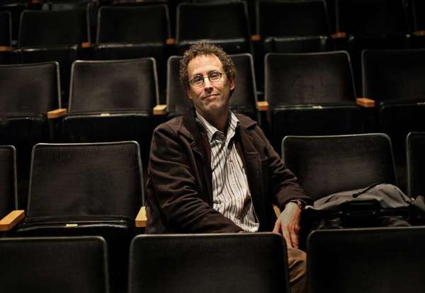 Happy birthday to a sublime playwright and screenwriter, Pulitzer Prize/Tony/Emmy-winner Tony Kushner!