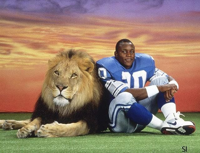 Happy 49th birthday to Lions legend Barry Sanders, the most electrifying RB I\ve ever seen play.